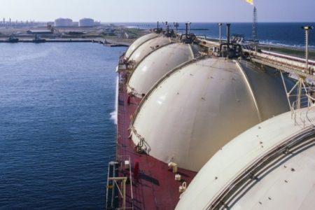 Petrolio 2 678x381 1